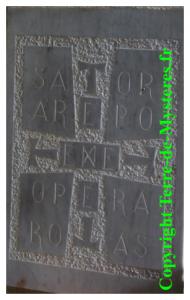 Ermitage de Galamus, le carré magique SATOR AREPO TENET OPERA ROTAS