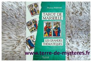 le Tarot de Marseille interprété sous l'aspect des grands thèmes de la vie : habitat, famille, argent, ...