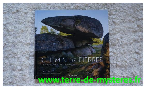 Trouver une roche sacrée, un rocher naturel notable, un alignement ou un cromlech en France : Chemin de Pierres